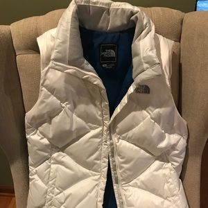 The North Face Jackets & Coats - Women's North Face 550 Puffer Vest